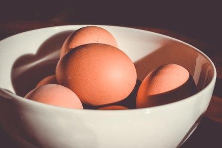 schaal met eieren